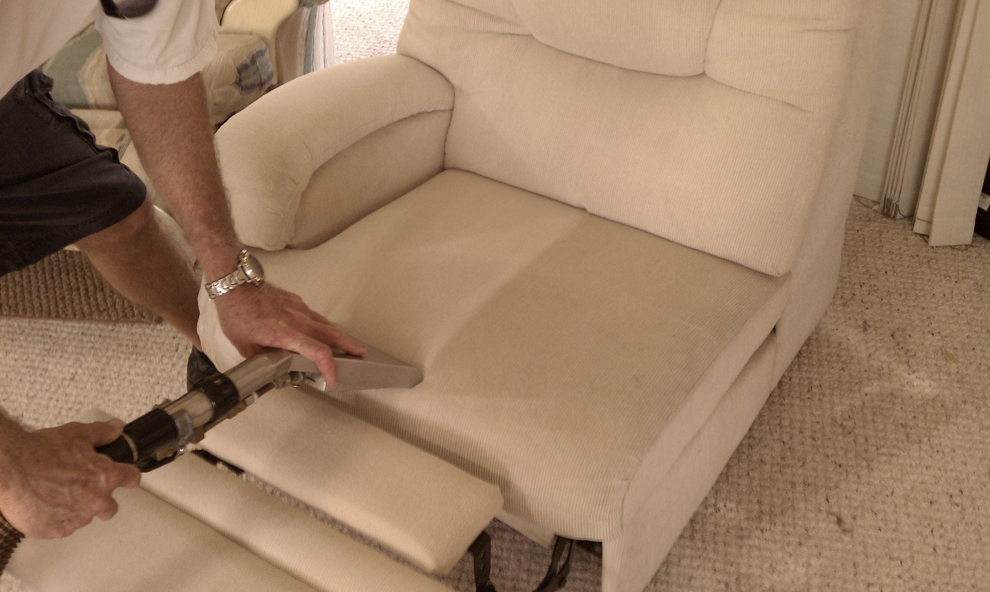 UPHOLSTERY CLEANING - DURING